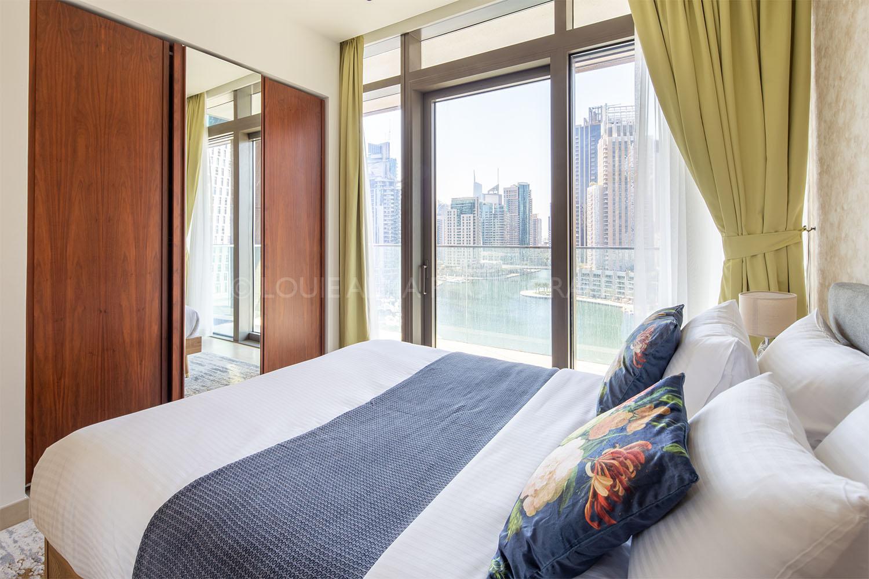 Real Estate Photography - High-rise Modern Apartment in Dubai Marina